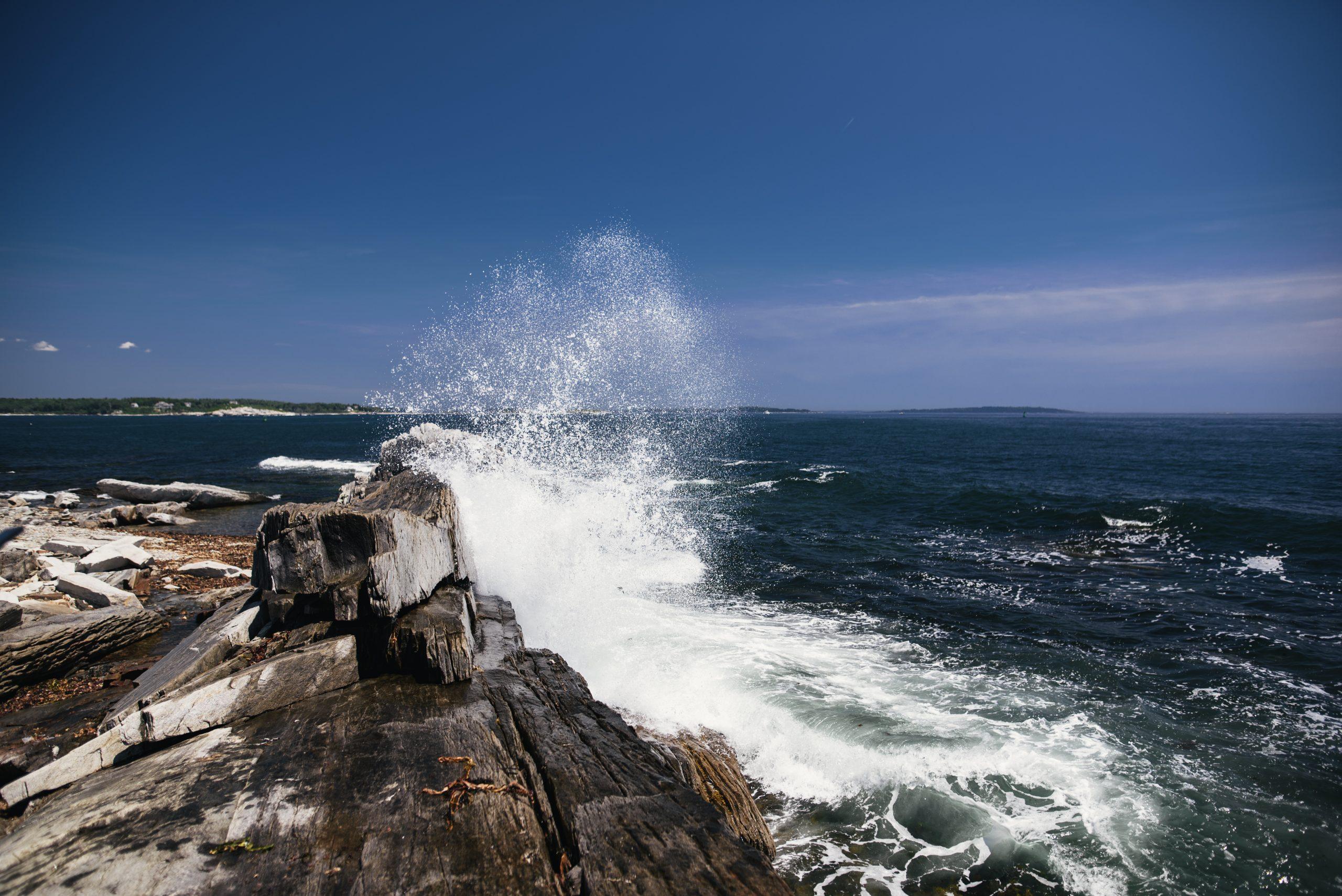 waves-crashing-on-rocks